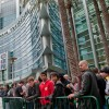 1. The crowd gathers at the entrance of Blizzcon.