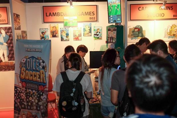 LambdaMu Games Dice Soccer